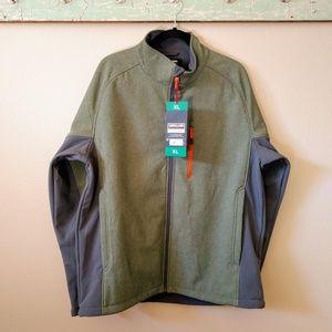 ***NEW***  Men's lightweight jacket from Costco